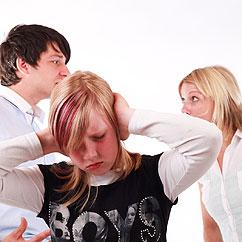 Asiatische Frau und häusliche Gewalt